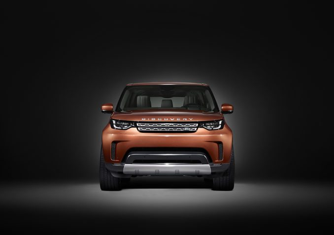 Land Rover All-New Discovery front