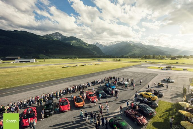 INTERNATIONAL PORSCHE DAYS: Zell am See Center, Start