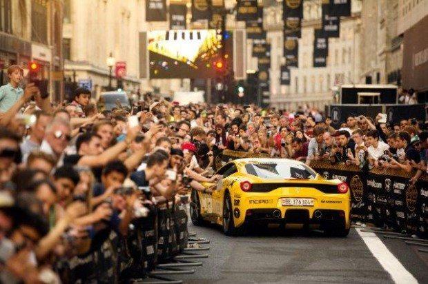 Fans on Regent Street! OSKAR BAKKE