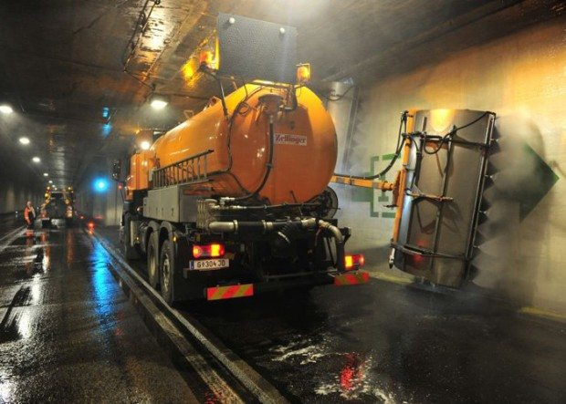 Tunnelreinigung