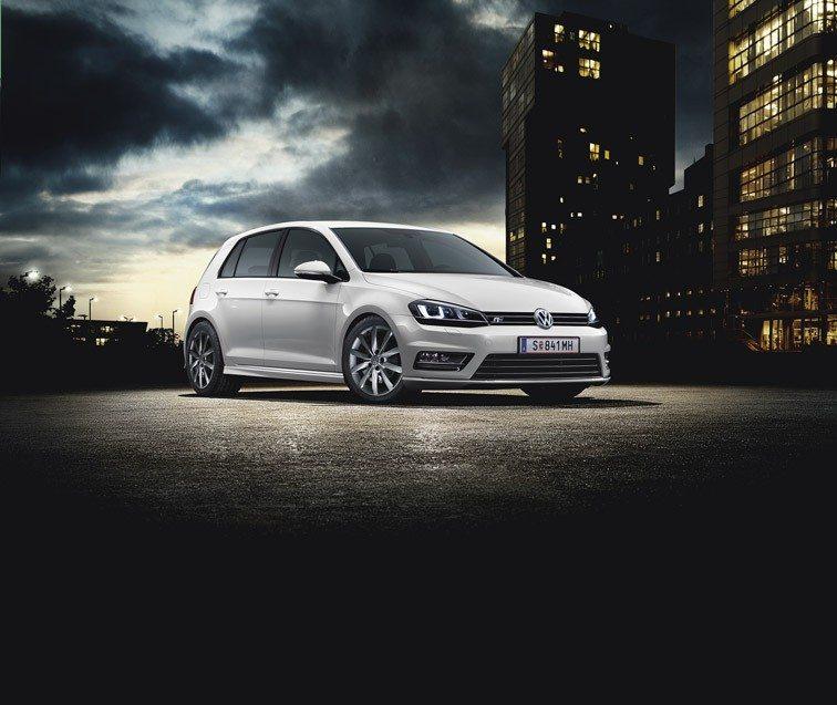 VW_Golf_Sport